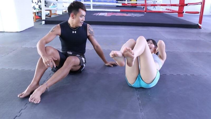 一個簡單腹肌訓練,小變化大改變 (Abs Workout) 01:04