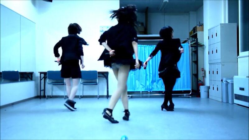 【ETTA】Perfume レーザービーム 踊ってみた【三度&Danろ&SADAKO】 01:41-001