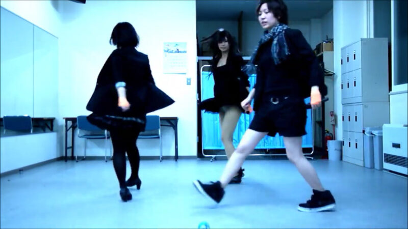 【ETTA】Perfume レーザービーム 踊ってみた【三度&Danろ&SADAKO】 02:28-002