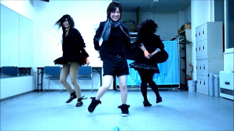 【ETTA】Perfume レーザービーム 踊ってみた【三度&Danろ&SADAKO】 03:28