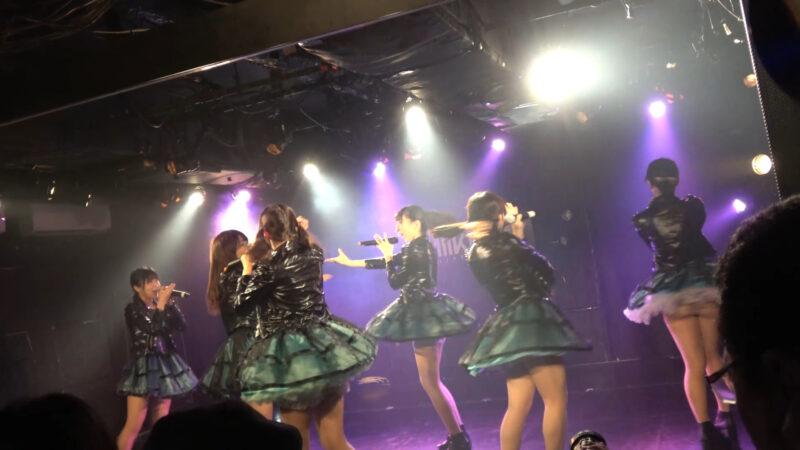 慶應義塾大学のアイドルコピーダンスチーム「さよならモラトリアム」のパンチラ 01:06