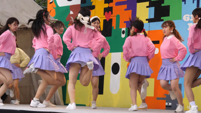 Female college student dance circle② 02:26