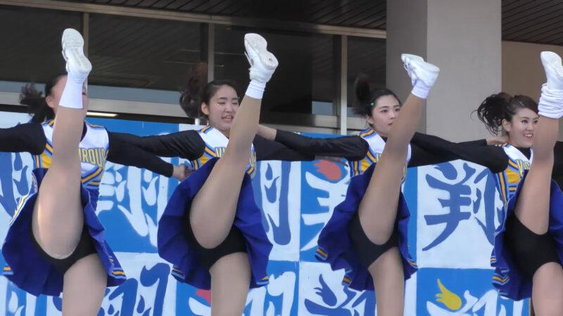 Female university student baton twirling club④ 01:19