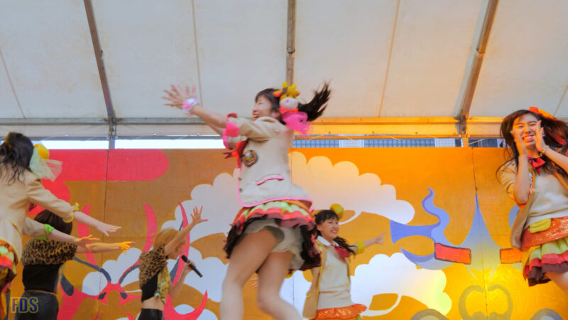 ファンの所へ会いに来てくれるアイドル 『まいどハンバーガールZ』 Japanese girls Idol group [4K] 02:29